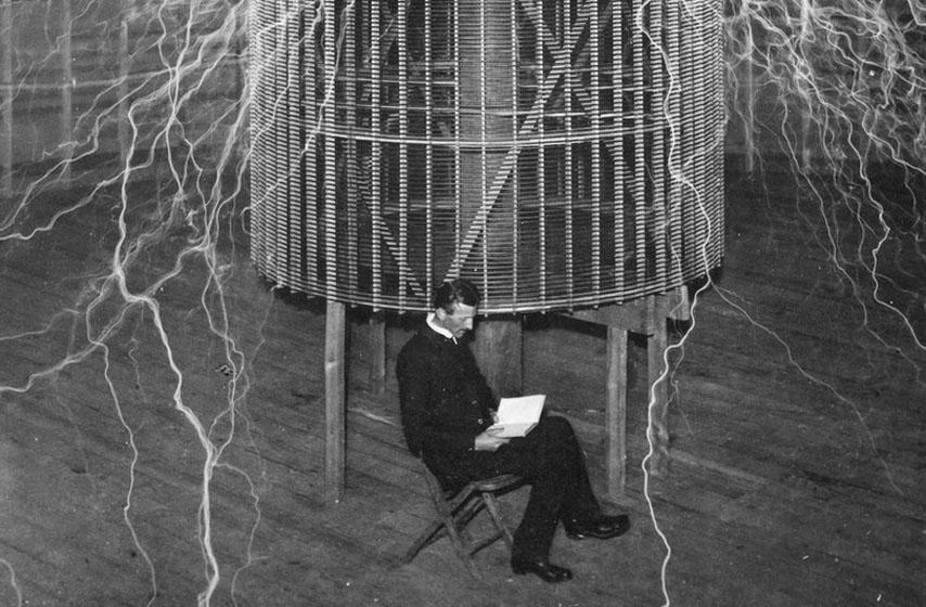 Nikola Tesla, Tesla, Houk, Meklahlan