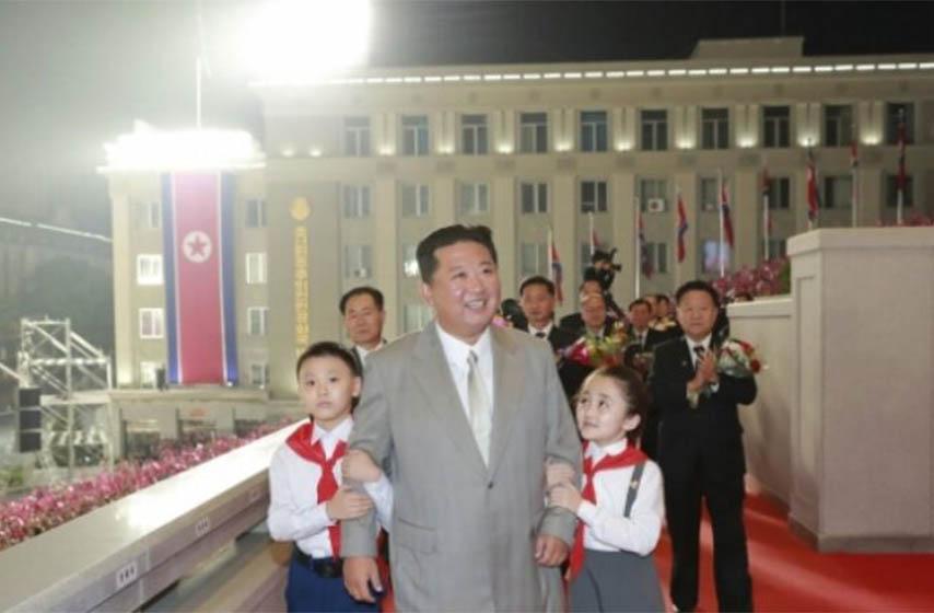 severna koreja, parada povodom osnivanja drzave