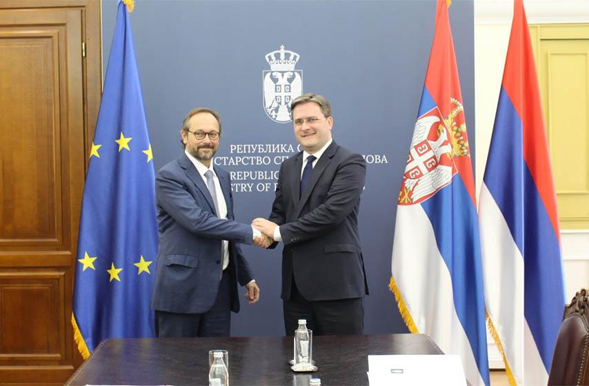 ministar nikola selakovic, sef delegacije eu u srbiji, emanuel zofre