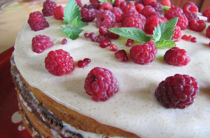 kolač s malinama i slatkom pavlakom, recept, recepti, maline