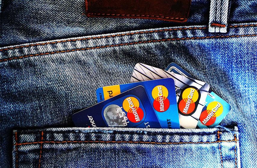 masterkard, kreditne kartice, platne kartice sa magnetom, platne kartice