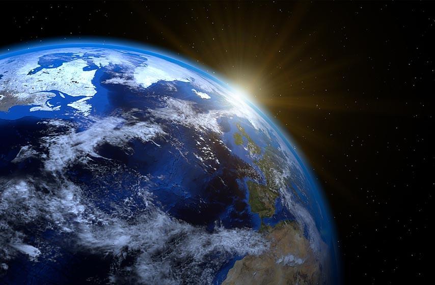 Zemlja, Mesec, nauka
