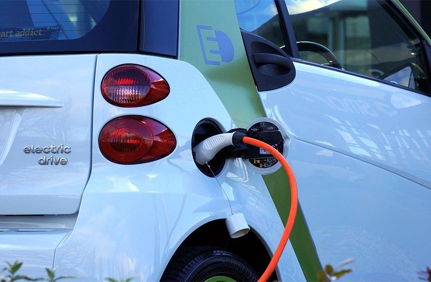 punjaci za elektricne automobile na autoputu
