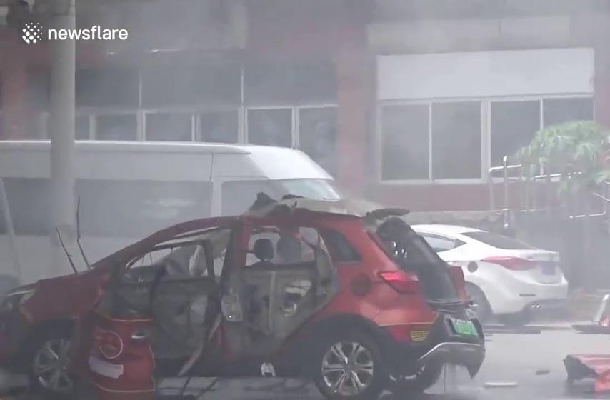 Električni automobil eksplodirao tokom punjenja