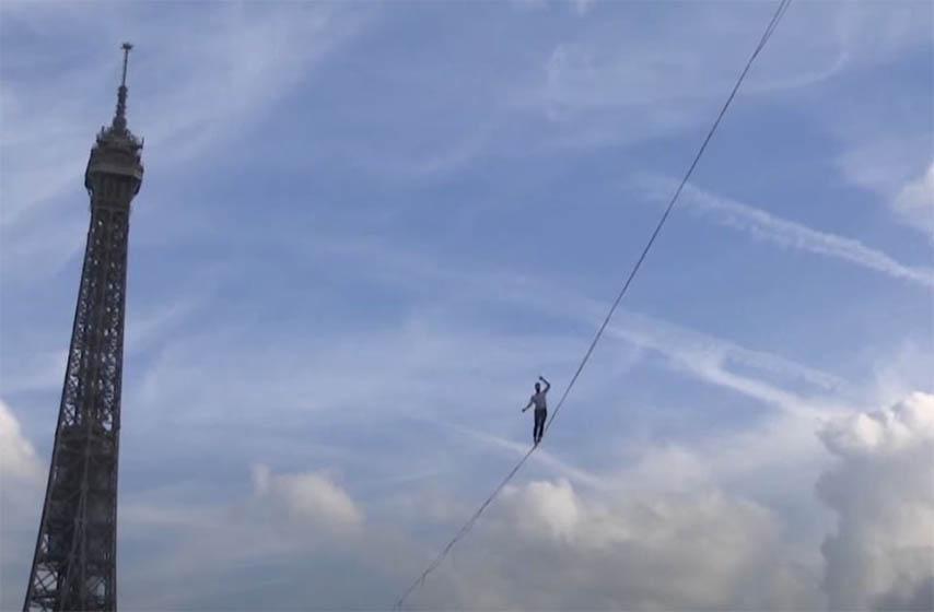 francuski akrobata, presa senu na uzetu