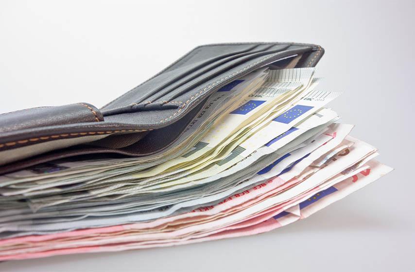 prijavljivanje gotovine, funkcioneri