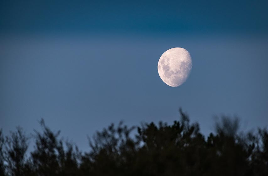 mesec, voda na mesecu, rusija