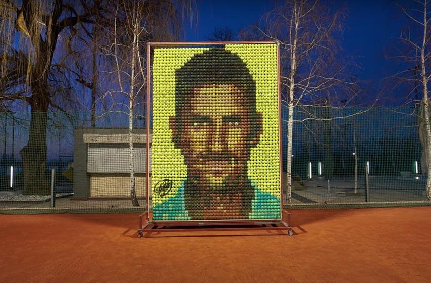 novak djokovic, teniski centar novak, mozaik od teniskih loptica