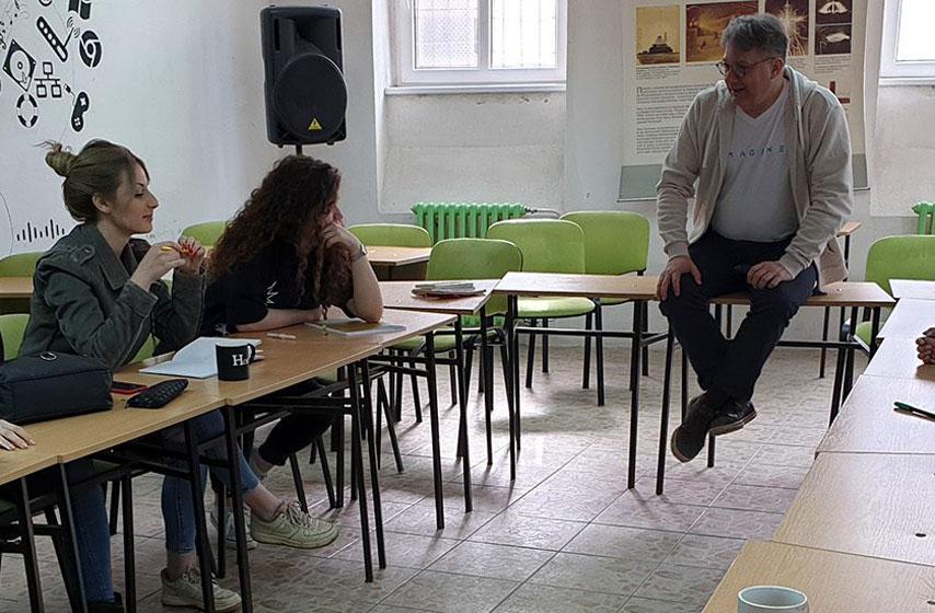 omnibus, omladinska škola novinarstva