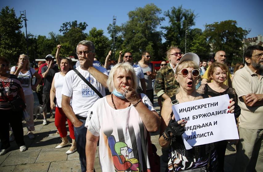 protest, jaja, poslanici, skupština srbije