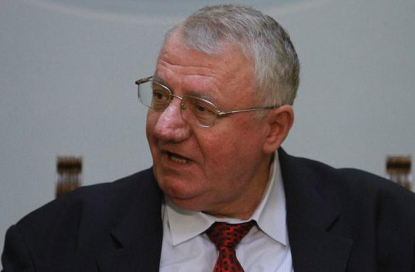 Vojislav Šešelj, knjiga