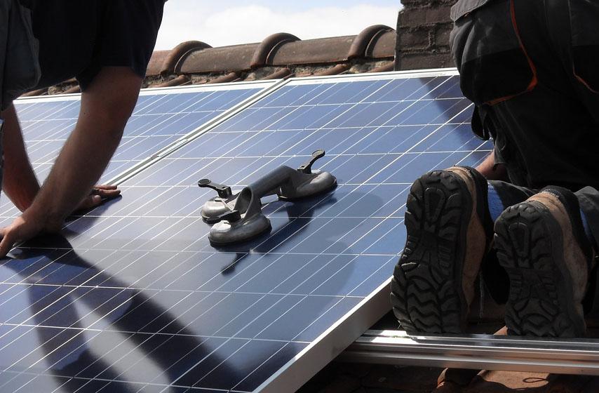 postavljanje solarnih panela, solarni paneli