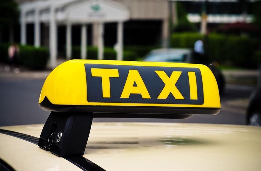 zrenjanin, napali taksistu