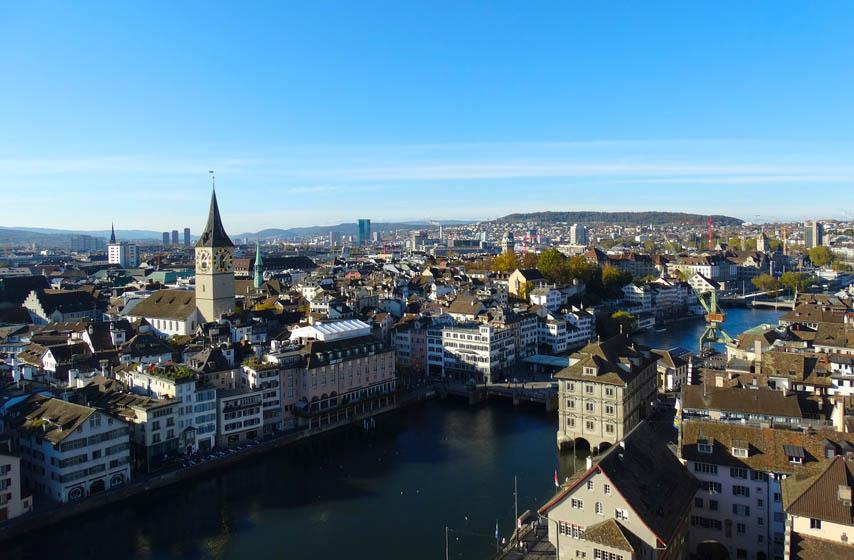 Srbin u Švajcarskoj pao kroz prozor bordela